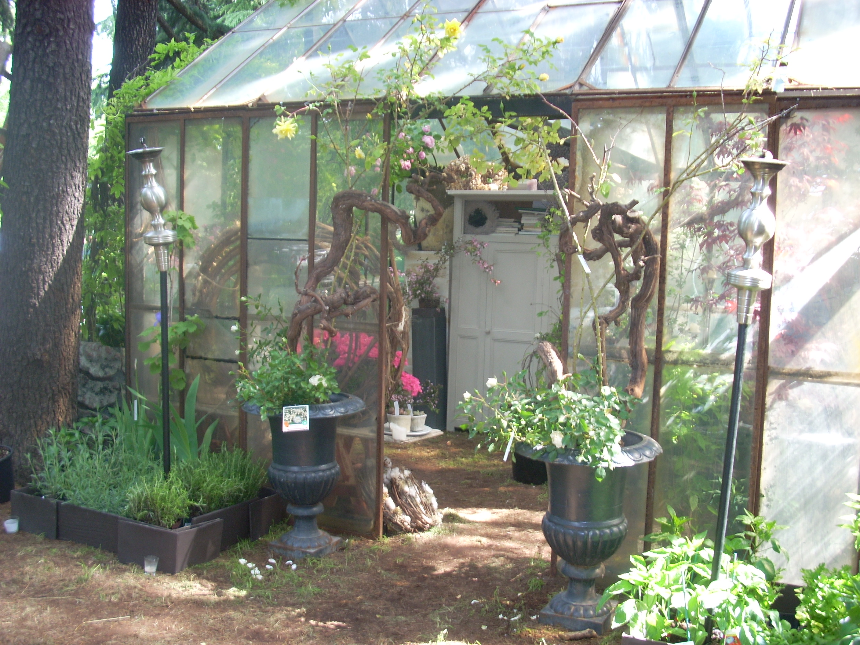 Giardini terrazzi garden show e mostra mercato una for Mobili per terrazzi e giardini